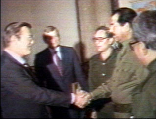 E' possibile che nelle prossime ore venga attaccata la Siria - Pagina 3 Saddam_rumsfeld