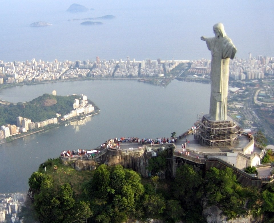 """""""Intelligent design"""" -- same thing as """"creationism"""" ... Corcovado_statue01_2005-03-14"""