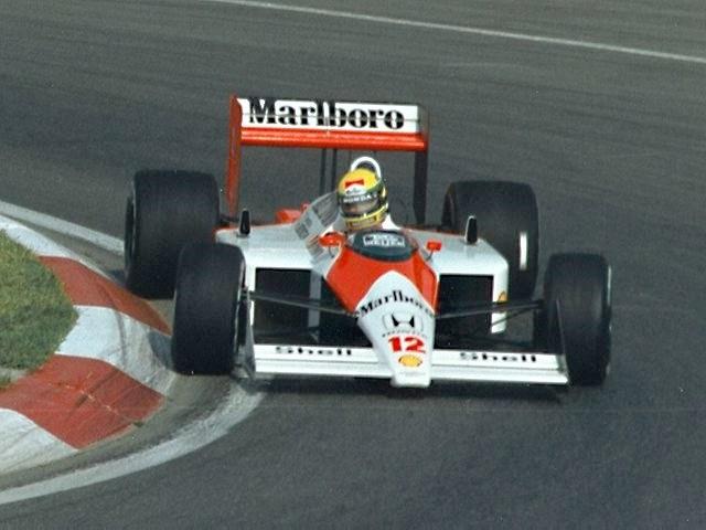 [Inocentada] CODEMASTERS® anuncia que F1 2012 será exclusivo para XBOX 360 Ayrton_Senna_1988_Canada