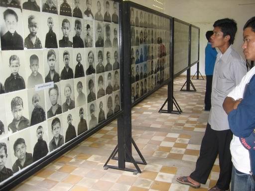 ¿Qué opinan de Pol Pot y su ataque a Vietnam? - Página 4 TuolSlang3