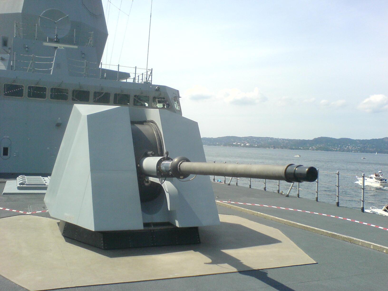 Marine norvégienne - Norwegian Navy - Page 4 Nansen-oto75mm-2006-07-03