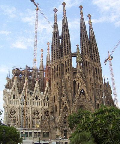 Najpoznatije svetske arhitekte Sagradafamilia-overview