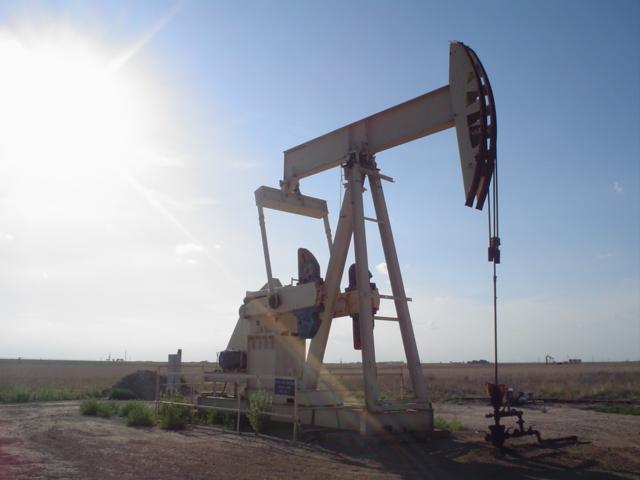 Sjedinjene Američke Države - Page 2 Oil_well