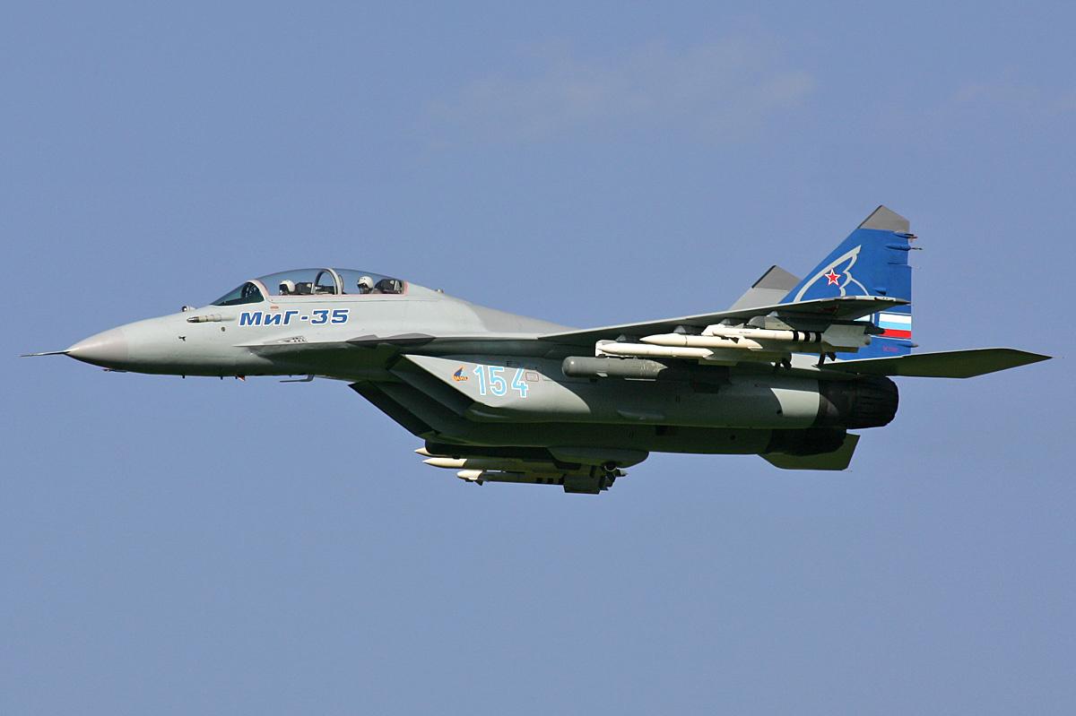 عائلة الميغ  الشهيرة Mikoyan-Gurevich_MiG-35_MAKS%272007_Pichugin