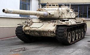 Bon, je lâche le morcif... 300px-AMX-30_img_2330