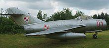 Os projetos secretos nazistas da II Guerra utilizados pós-guerra  220px-MiG-15_RB1