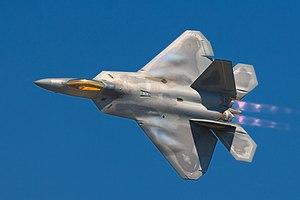 انفرااااد : خطة الحرب الكورية - صفحة 2 300px-Lockheed_Martin_F-22A_Raptor_JSOH