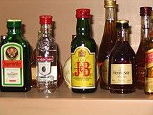 Poetski kutak - Page 3 220px-Alcoholic_beverages