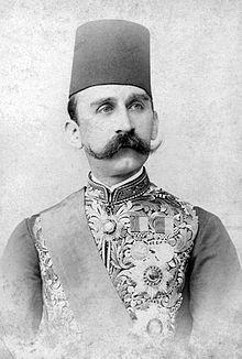Supremacy 1914 220px-HusseinKamelSultan