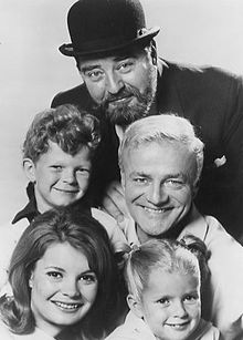 Cher oncle Bill 220px-Family_affair_1967