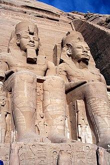 سلسلة لماذا نحب مصر ؟ 220px-SFEC_EGYPT_ABUSIMBEL_2006-003