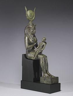 Matriarcat & Religions : des vestiges secrets au syncrétisme 250px-Egyptian_-_Isis_with_Horus_the_Child_-_Walters_54416_-_Three_Quarter_Right