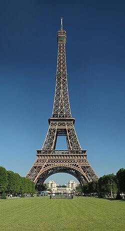 Zanimljivosti o poznatim građevinama 250px-Tour_Eiffel_Wikimedia_Commons