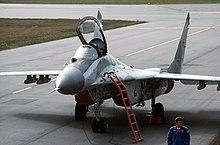 هل تعرف ميكويان؟؟ 220px-Soviet_MiG-29_DF-ST-99-04977