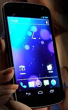 Android (operační systém) 220px-Galaxy_Nexus_smartphone