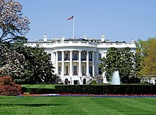 Sjedinjene Američke Države 220px-WhiteHouseSouthFacade