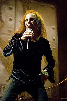 Glazbenici po abecedi - Page 19 220px-Ronnie-James-Dio_Heaven-N-Hell_2009-06-11_Chicago_Photoby_Adam-Bielawski