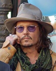 Omiljeni glumac & glumica  - Page 2 220px-JohnnyDeppApr2011