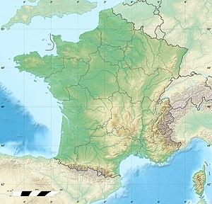 Le jeu du drapeau [Village TSGE] - Page 2 300px-France_relief_location_map
