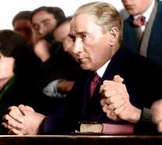 Mustafa Kemal Atatürk - founder & first president of Turkey! Ataturk_attends_a_university_class