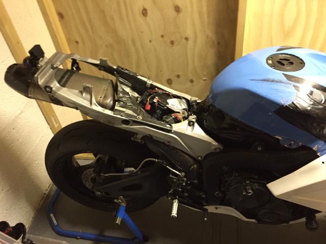 2010 Honda CBR600RR 959b8d99f35fdb5ec381ec2d28ffd0c1