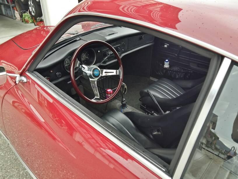 [Fabou] KG14 coupé de 1973 Ddea4fead5ed838523ce7e187214e8f2