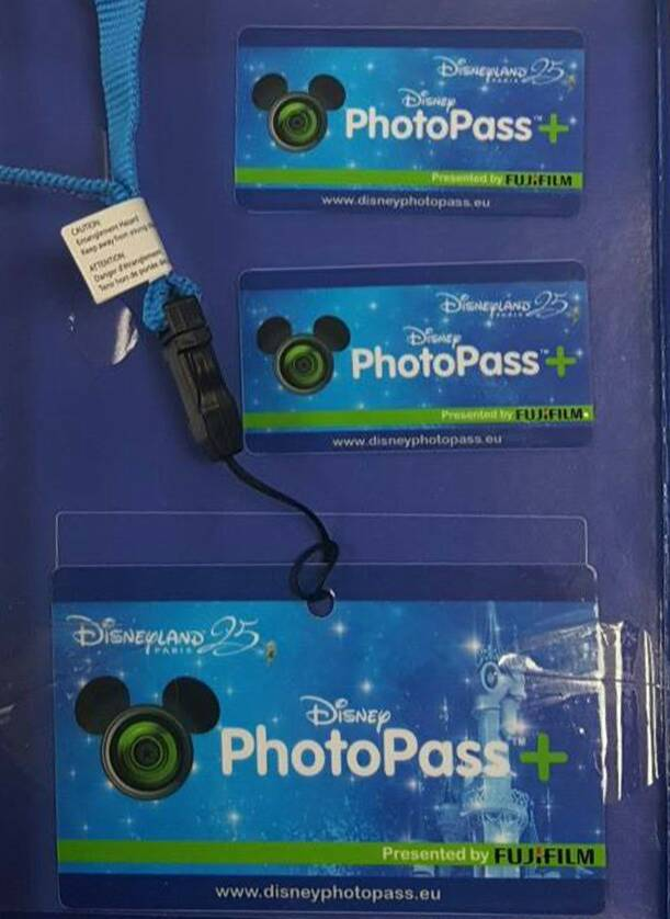 Disney Photopass D4fb29508fe246ed136b68601cc22365