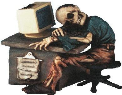 Quando il rapporto con la rete diventa dipendenza: Internet Addiction Disorder (I.A.D.) Scheletro_al_computer-1