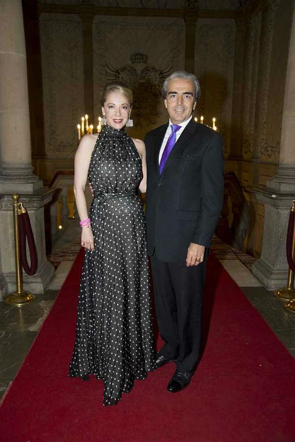 2014-09-26. [ FOTOS ] Edith González y Lorenzo Lazo en la gala CANIPEC Edith-lorenzo-aniv1--z