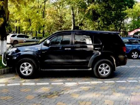 Продам TOYOTA Land Cruiser Prado Toyota_hilux_surf_20928