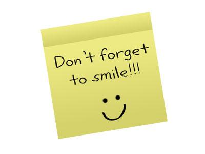 أبتسم ترى الدنيا ما تسوى Smile1