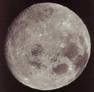 les plus belles photos de l'univers Lune2moyen