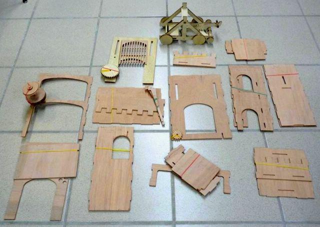 Un chateau-Fort a la CNC - Page 3 CFG01