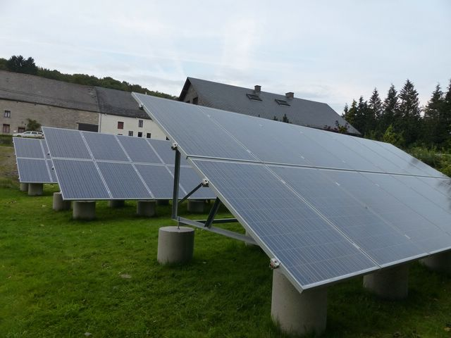 Installation PV + support au sol en auto-installation  PV24