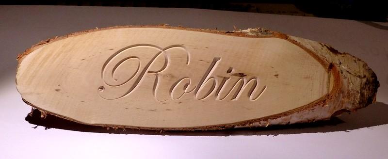 Gravure avec v-grave incomplète Robin01
