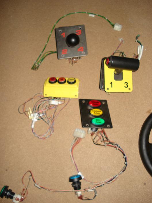 [FS] Sega & Midway steering wheels + shifters (Daytona,Scud) Offroad