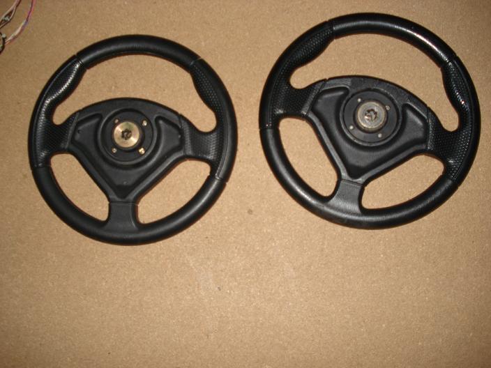 [FS] Sega & Midway steering wheels + shifters (Daytona,Scud) Sega2