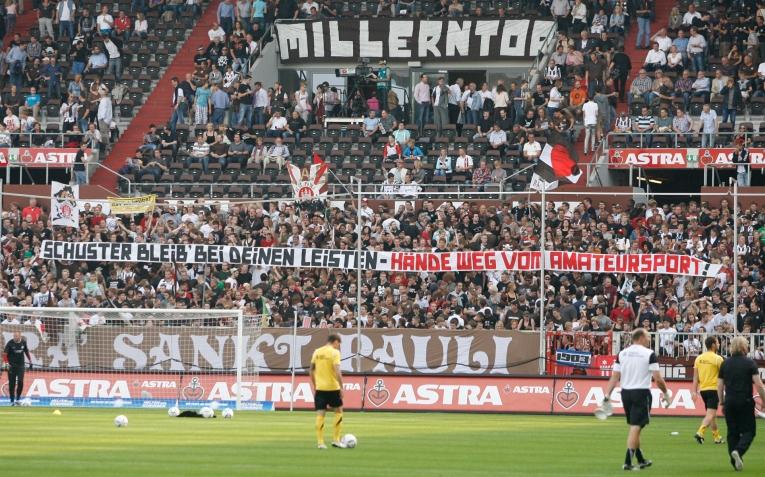 FC Sankt Pauli 2011_AACHEN_HOME_030