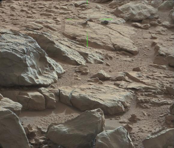 """Un autre """"truc"""" brillant à la surface de Mars Mars-shiny-580x494"""