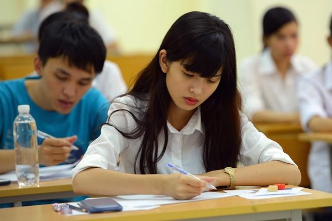 Học sinh hoang mang khi thi chung tốt nghiệp và đại học 13_3