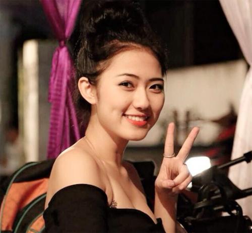 Dàn bạn gái xinh như hot girl của cầu thủ Việt 1413681927_8