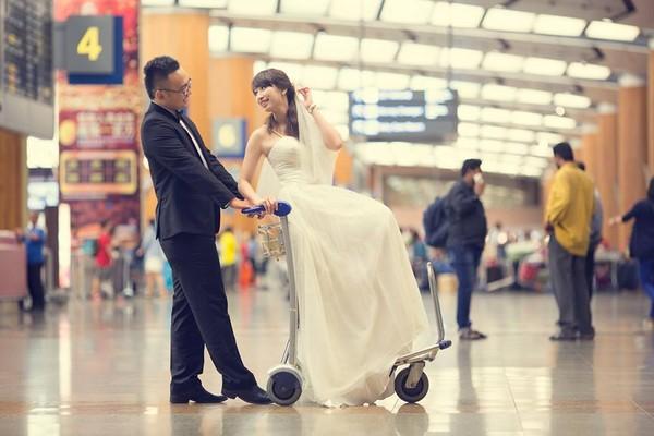 """Cặp đôi """"yêu nhau vì xấu"""" và bộ ảnh cưới chụp… ké trong 3 tháng 1413940358_2"""