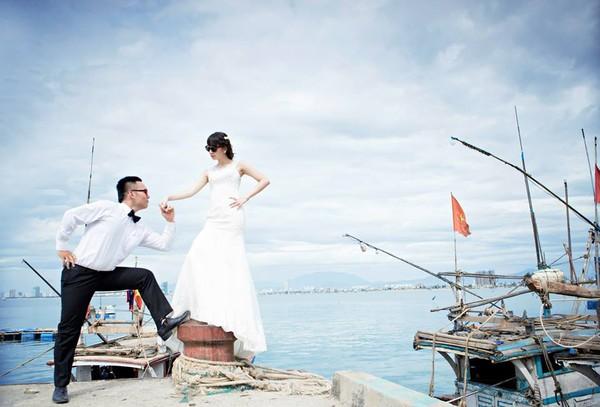"""Cặp đôi """"yêu nhau vì xấu"""" và bộ ảnh cưới chụp… ké trong 3 tháng 1413940361_10"""