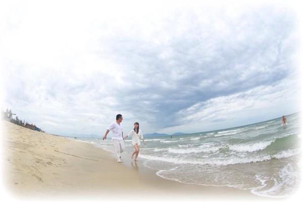 """Cặp đôi """"yêu nhau vì xấu"""" và bộ ảnh cưới chụp… ké trong 3 tháng 1413940361_12"""
