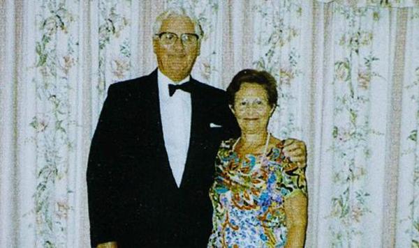 Cụ ông 93 tuổi viết thơ tình tặng vợ quá cố 1414124111_2