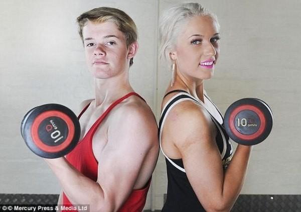 Cậu bé 14 tuổi có thân hình 6 múi, cơ bắp cuồn cuộn 1416304406_3
