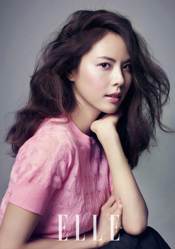 Hai tiêu chuẩn về làn da đẹp của các quý cô Hàn Quốc: làn da giàu độ ẩm & lớp trang điểm láng bóng 1416970712_2