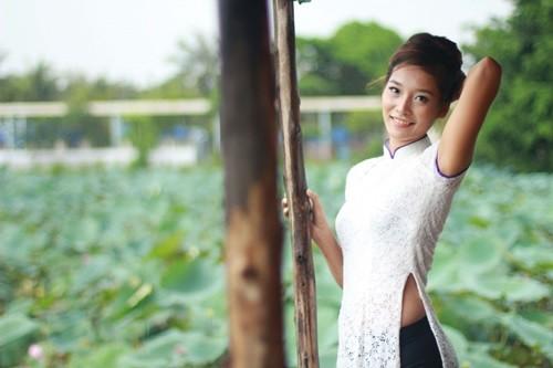 Hot girl Dương Thị Nhàn bỏ bóng chuyền lấy chồng đại gia 1417490178_5