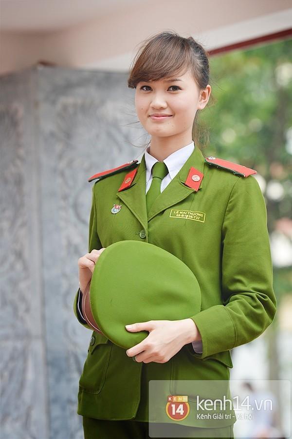 Loạt ảnh kỷ yếu, tốt nghiệp xinh ngất ngây của hot girl các trường Đại Học 1417752543_2