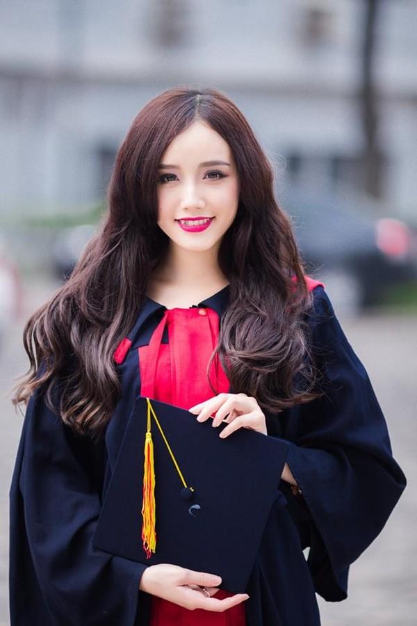 Loạt ảnh kỷ yếu, tốt nghiệp xinh ngất ngây của hot girl các trường Đại Học 1417752549_5